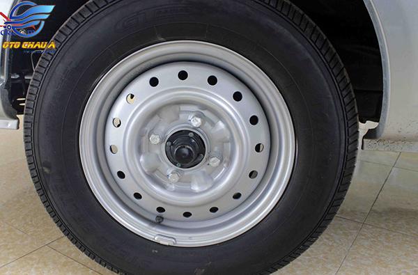 Lốp xe tải nhẹ TATA SUPER ACE